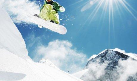 Location en ligne de snowboard adulte aux Aussois